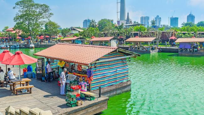 Pettah floating market, the indefatigable heartbeat of Colombo.